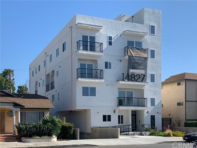 Property for sale at 14827 Victory Boulevard, Van Nuys,  California 91411