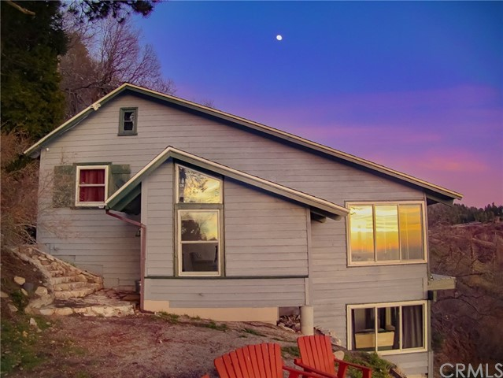 28681 Willow Road, Lake Arrowhead, CA 92385