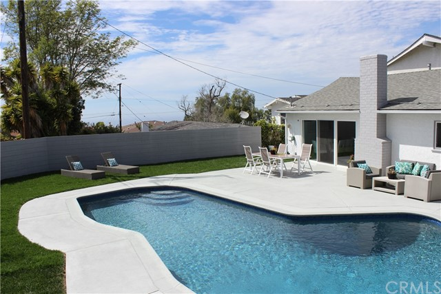 6638 Monero Drive, Rancho Palos Verdes, California 90275, 3 Bedrooms Bedrooms, ,1 BathroomBathrooms,For Sale,Monero,SB21073517
