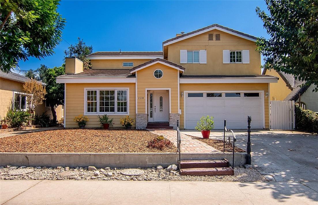 228 Irving Ave, Glendale, CA 91201