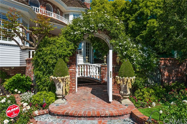 16642 Coral Cay Lane, Huntington Beach, CA 92649