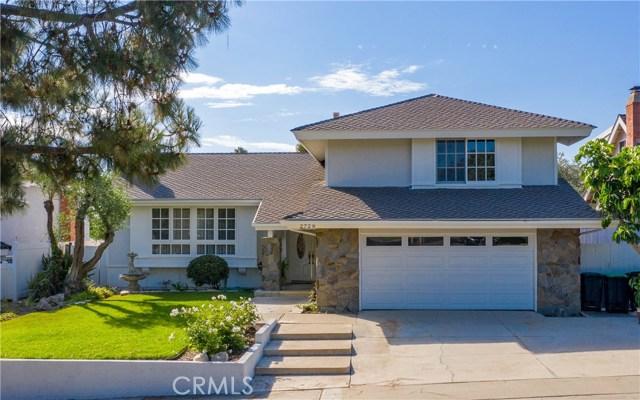 2729 Cardinal Drive, Costa Mesa, CA 92626