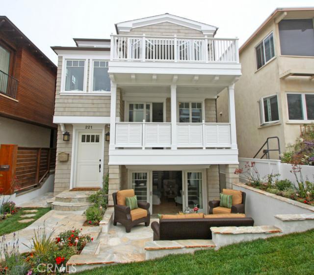 221 7th Street, Manhattan Beach, California 90266, 5 Bedrooms Bedrooms, ,5 BathroomsBathrooms,For Sale,7th,SB13121256