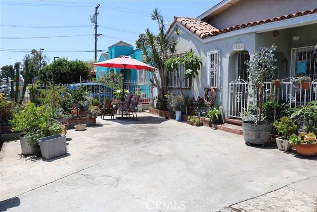 1523 E 81st Street, Los Angeles, CA 90001