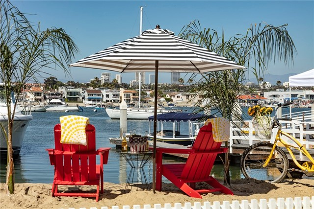 405 E Edgewater Avenue, Newport Beach, CA 92661