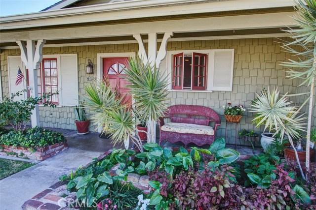 9342 Grand Drive, Huntington Beach, CA 92646