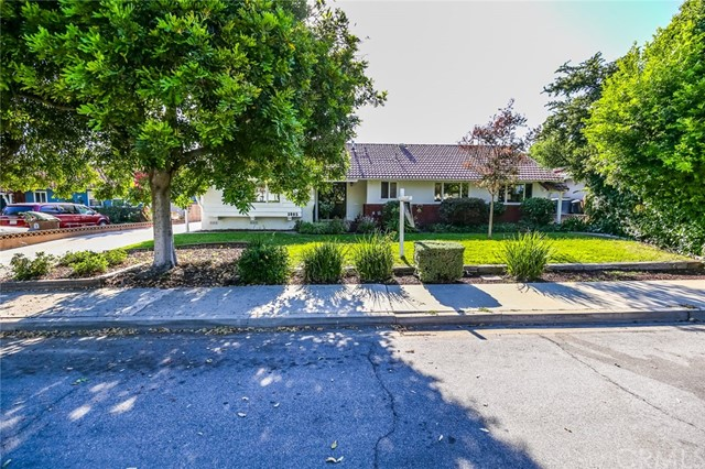 1085 Whitman Avenue, Claremont, CA 91711