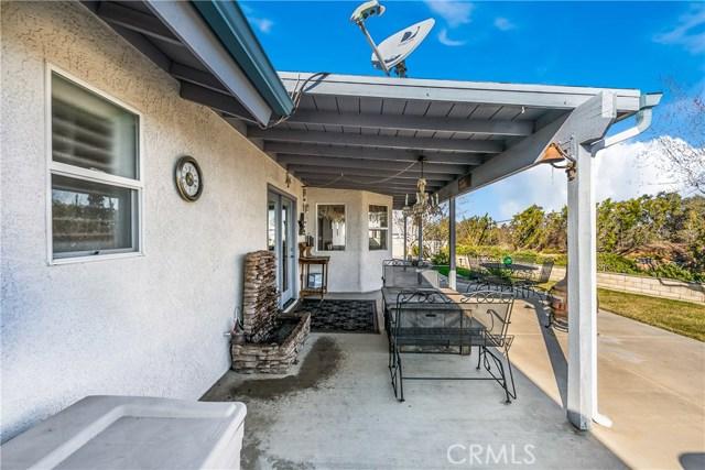 10260 Whitehaven St, Oak Hills, CA 92344 Photo 11