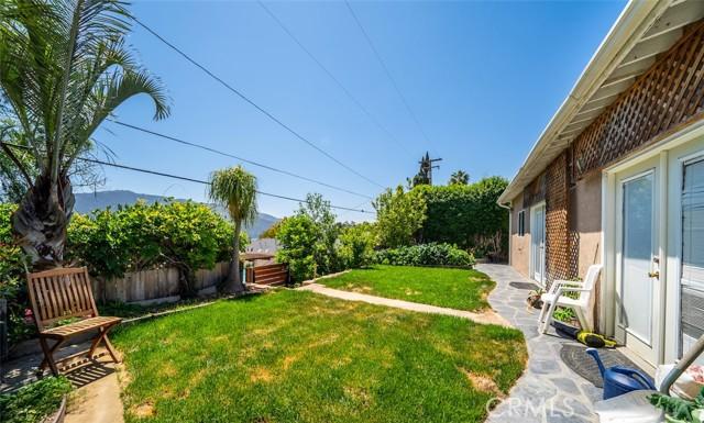 30. 3026 Stevens Street La Crescenta, CA 91214