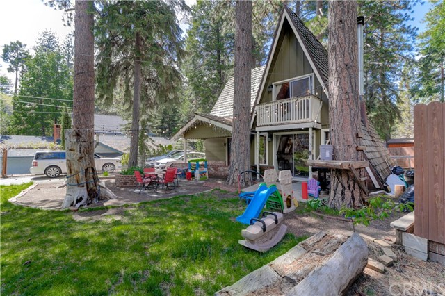 31518 Overhill Drive, Running Springs, CA 92382