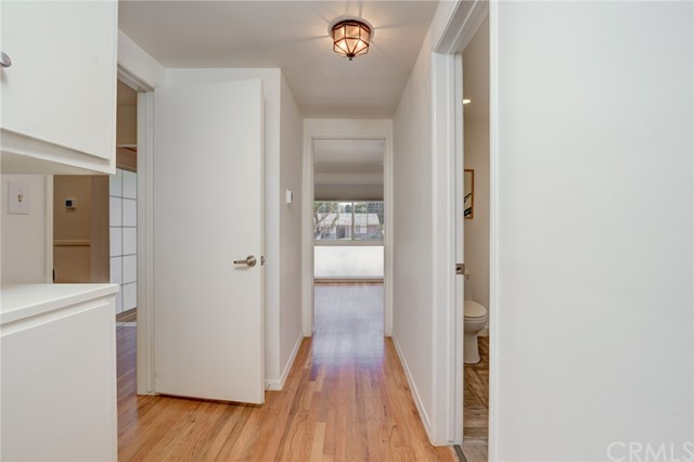 Hallway to other bedrooms and bathroom