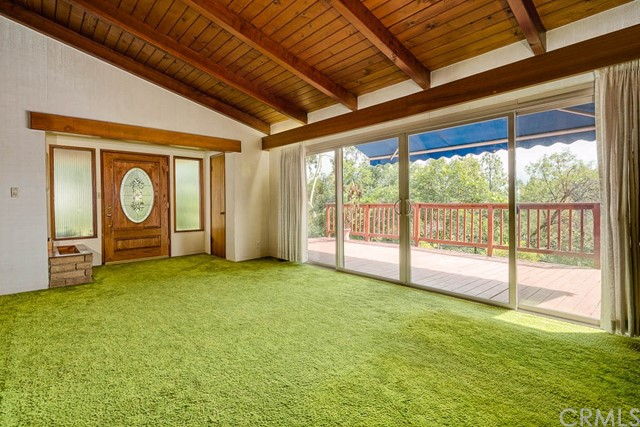 1260 Club House Dr, Pasadena, CA 91105 Photo 4