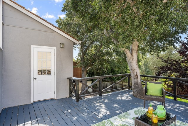 30. 1529 Ridge Road Belmont, CA 94002