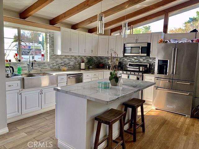 15529 Donmetz Street, Mission Hills (San Fernando), CA 91345