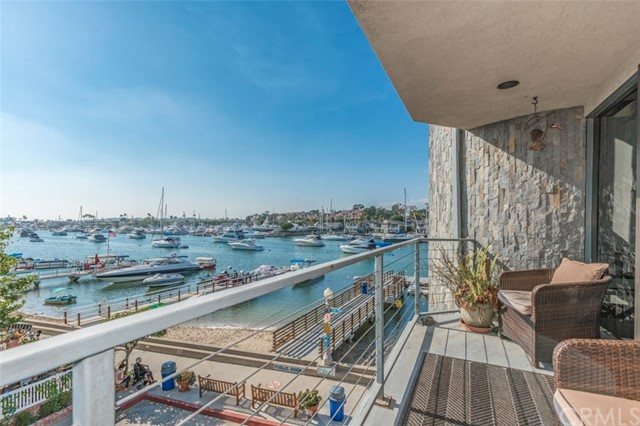 901 N Bay Front, Newport Beach, CA 92662