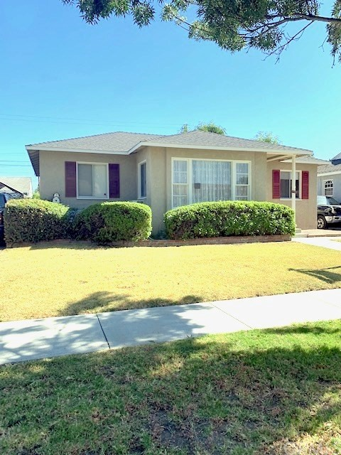6212 Greenmeadow Road, Lakewood, CA 90713