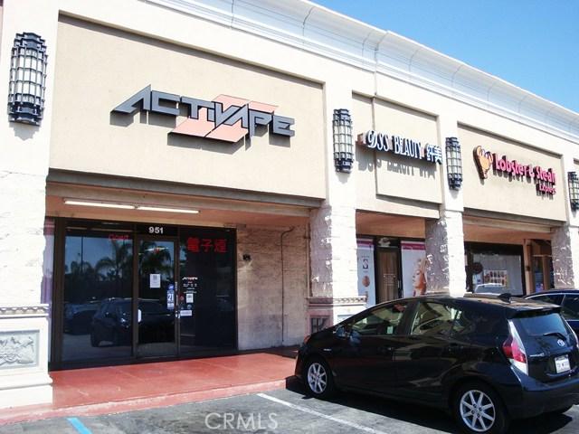 951 S Glendora Avenue, West Covina, CA 91790