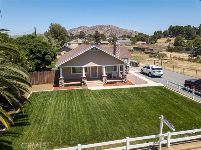 2777 Sierra Avenue, Norco, CA 92860