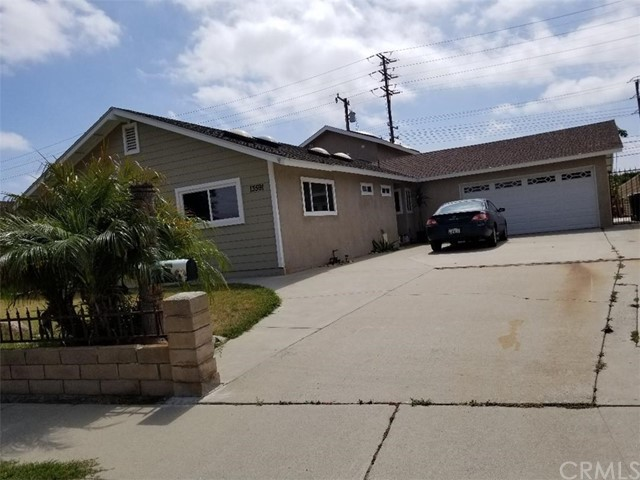 GREAT FOR INVESTMENT OR LARGE FAMILY OPPORTUNITY IN GARDEN GROVE IN A HEART OF LITTLE SAIGON TO LIVE OR PORTION RENT OUT!  THIS SPACIOUS HOME HAS TOTAL  OF 7 BEDROOM AND 5 BATHROOM [ TOTAL OF 2870 SQFT LOT 7502 ] A FRONT HOUSE HAS 4 BEDROOM WITH 2 BATHROOM 2 CAR GARAGE DIRECT ACCESS CURRENTLY RENT $2700, 3 MASTER BEDROOM IN BACK RENT $1900 TOTAL MONTHLY RENT OF $4600/MO..PLS CALL AGENT WITH ANY QUESTIONS AND SHOWING.
