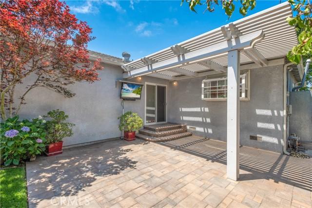 25. 3822 Ostrom Avenue Long Beach, CA 90808