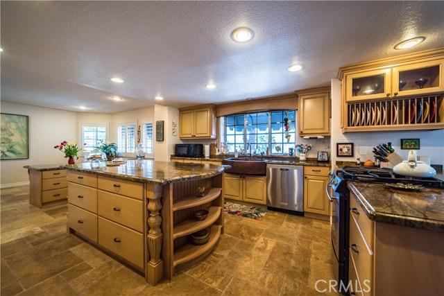 22880 Gold Rush Place, Canyon Lake, CA 92587