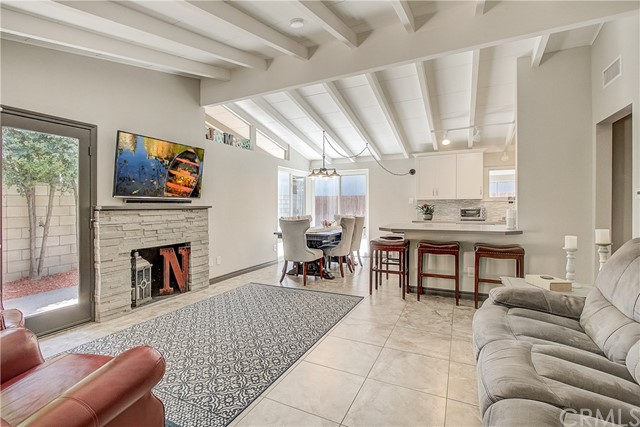 582 S Devon Road, Orange, CA 92868