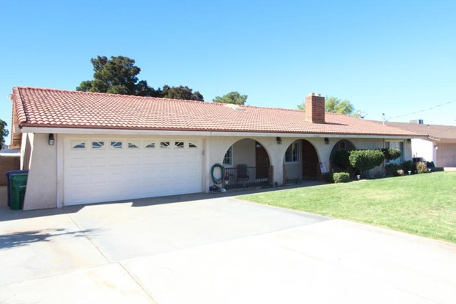 42227 45th Street W, Lancaster, CA 93536