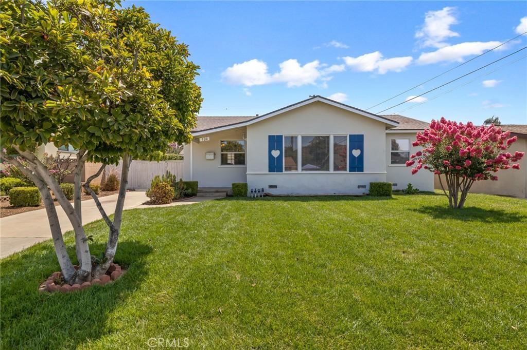Photo of 704 Scottdale Avenue, Glendora, CA 91740