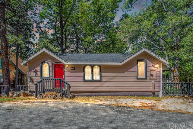590 Oak Knoll Cr, Green Valley Lake, CA 92341 Photo 0