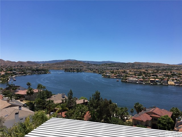 22564 Inspiration Point, Canyon Lake, CA 92587