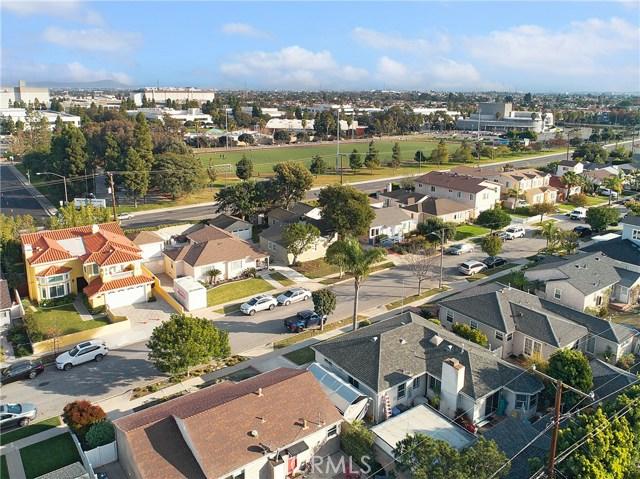 1713 Wendy Way, Manhattan Beach, California 90266, 2 Bedrooms Bedrooms, ,1 BathroomBathrooms,For Sale,Wendy,SW18295611