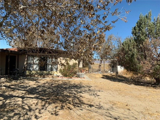 32174 Sunset Rd, Lucerne Valley, CA 92356 Photo 12