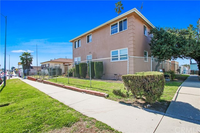 10633 S Western Avenue, Los Angeles, CA 90047