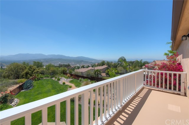 17226 Crest Heights Drive, Canyon Country, CA 91387