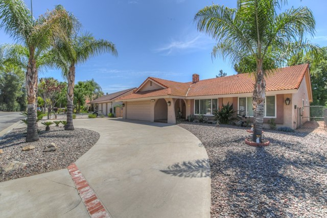 29305 Vacation Drive, Canyon Lake, CA 92587