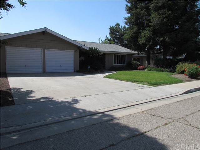 1811 N Riverview Avenue, Reedley, CA 93654