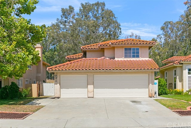 676 Crestwood Place, Escondido, CA 92026