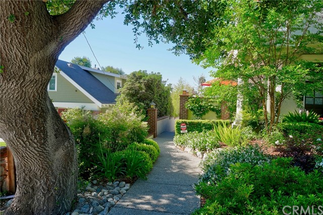 118 E Laurel Avenue C, Sierra Madre, CA 91024