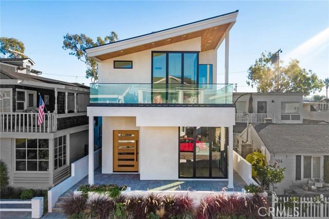 206 Onyx, Newport Beach, CA 92662
