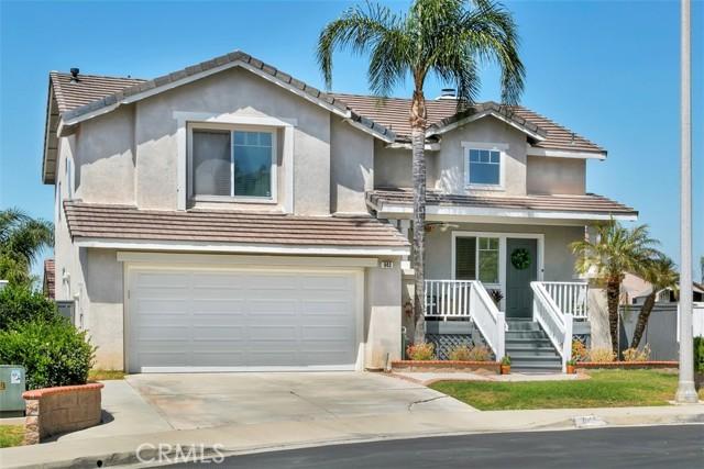 2. 843 Viewtop Circle Corona, CA 92881
