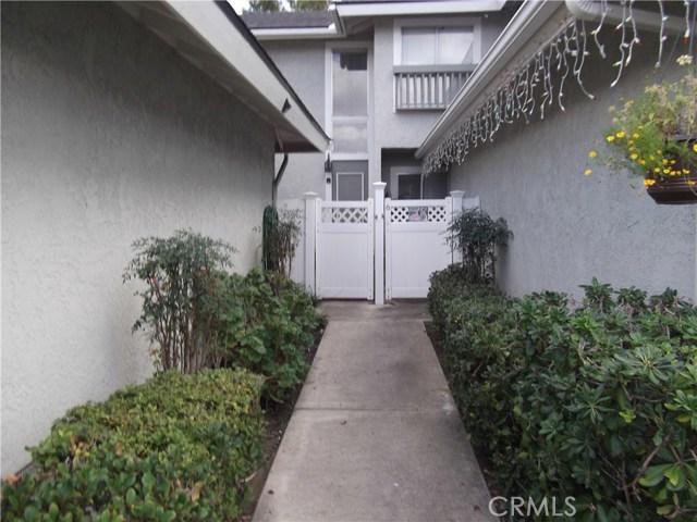 25076 Silverleaf Lane 37, Laguna Hills, CA 92653