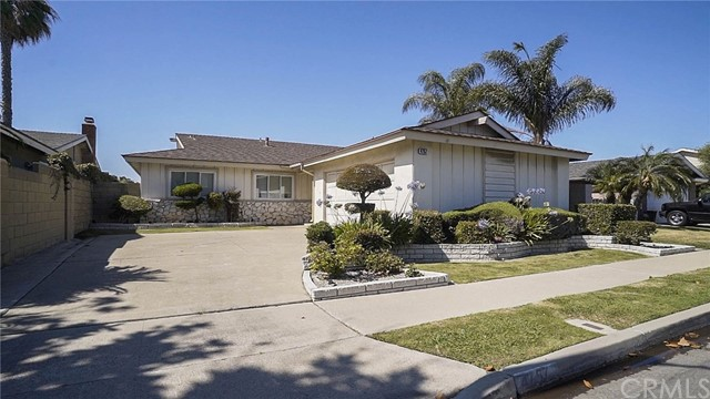 4757 Elder Avenue, Seal Beach, CA 90740