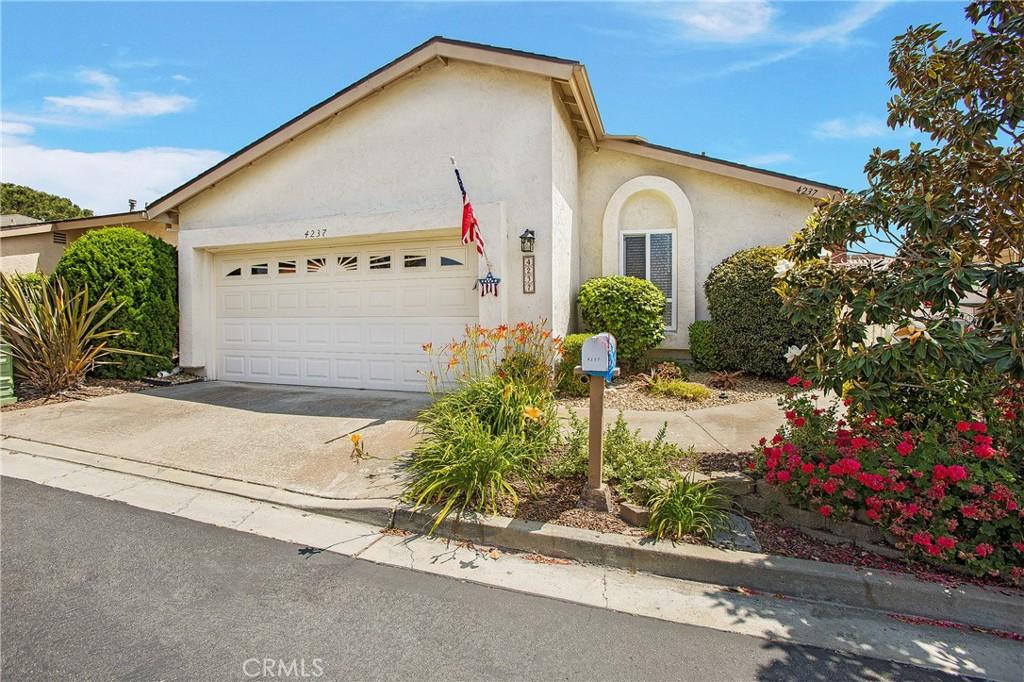 4237     Moonlight Lane, Oceanside CA 92056