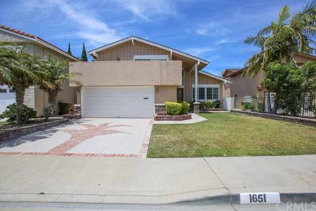 1651 S Tiara Way, Anaheim, CA 92802