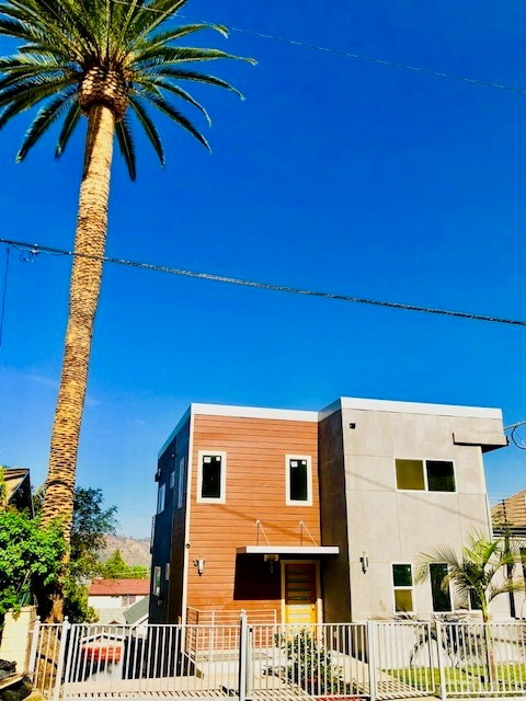 3329 Griffin Avenue, Los Angeles, CA 90031