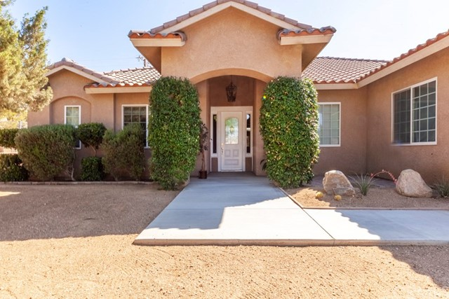 8740 San Vicente Drive, Yucca Valley, CA 92284