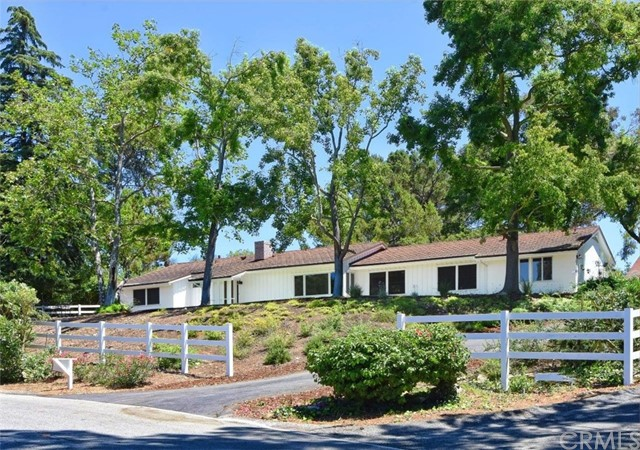 Photo of 1 Quail Ridge Road, Rolling Hills, CA 90274