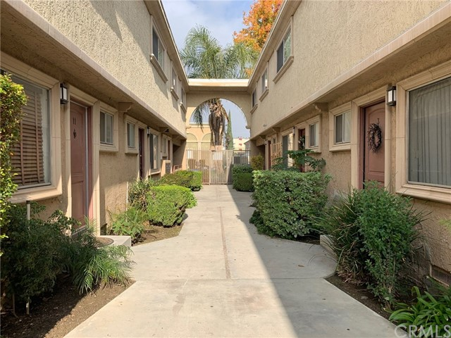 20234 Cohasset Street 12, Winnetka, CA 91306