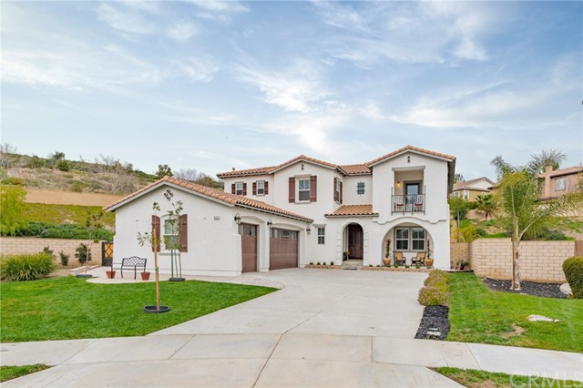 8767 Soothing Court, Corona, CA 92883