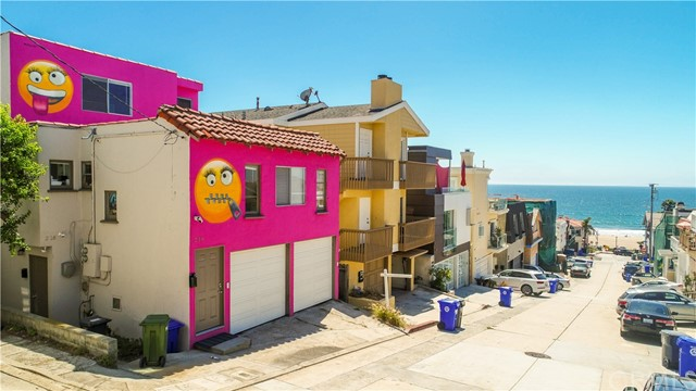 216 39th Street, Manhattan Beach, CA 90266